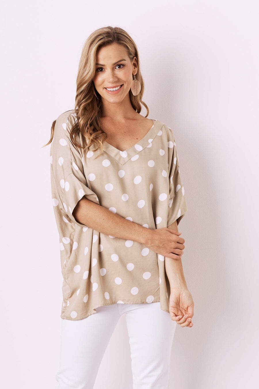 Holly Top Beige With V Neck