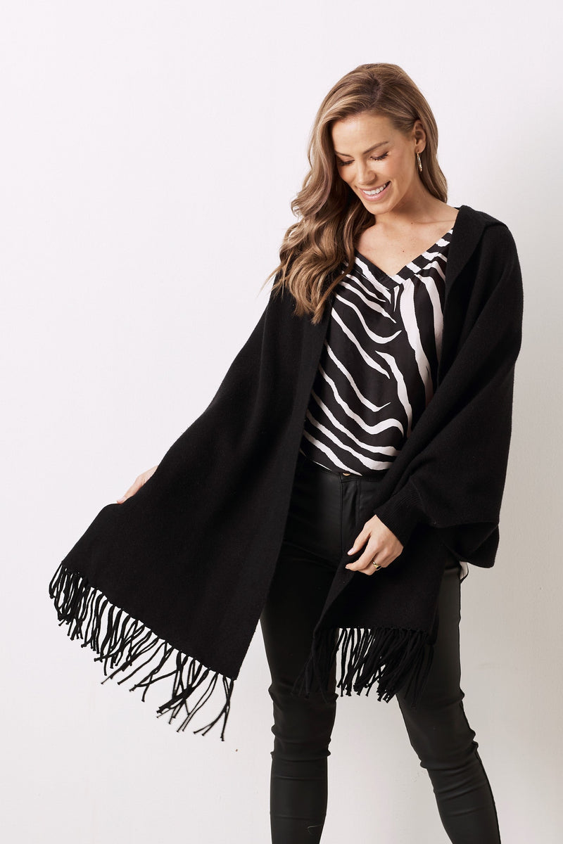 Bianca Short Sleeve Top Zebra Print Black with V Neck