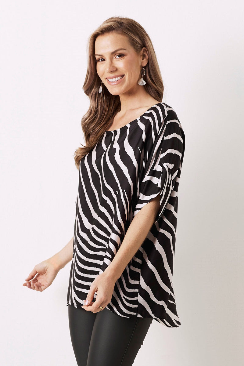 Bianca Short Sleeve Top Zebra Print Black