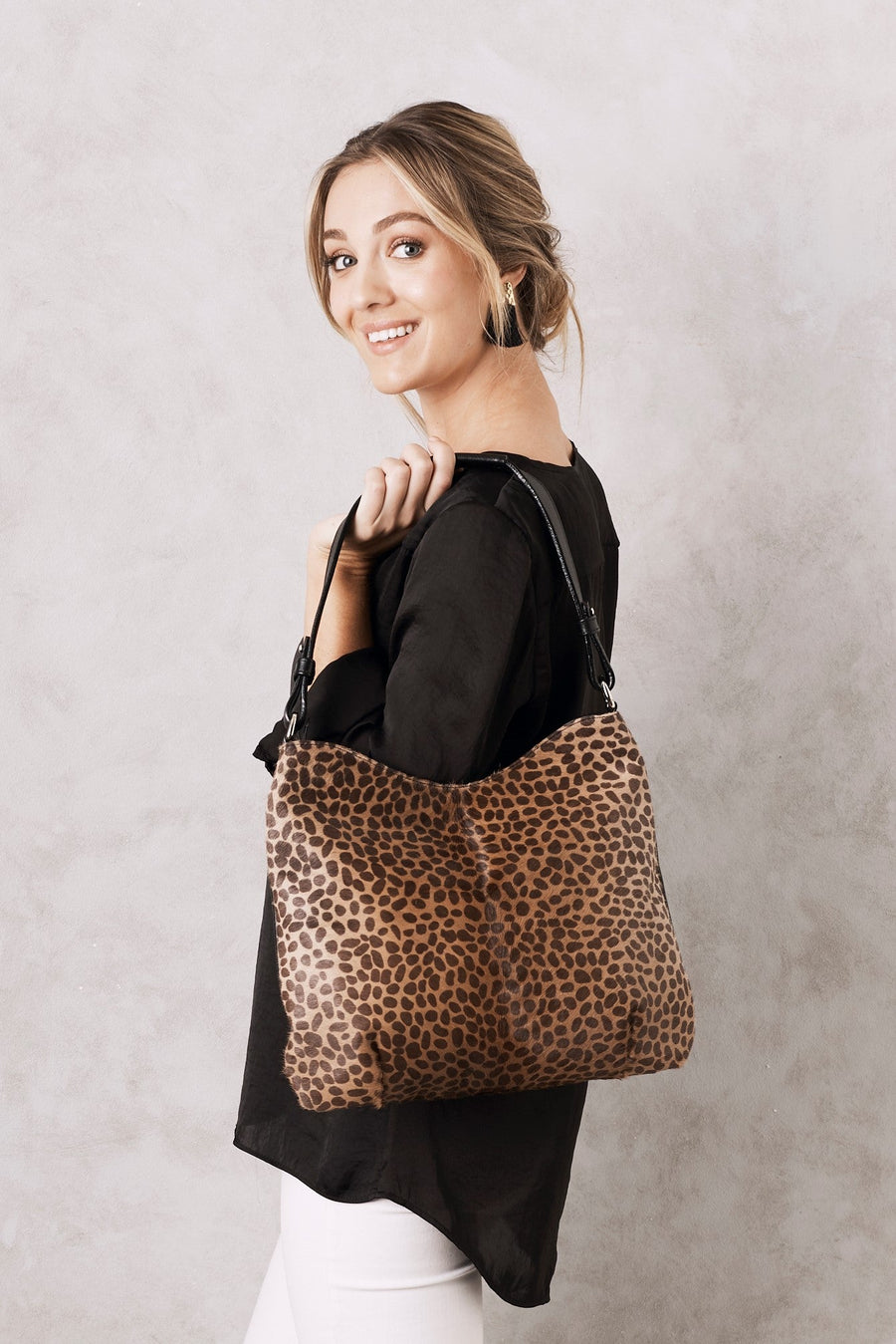Hobo Leather HandBag Giraffe