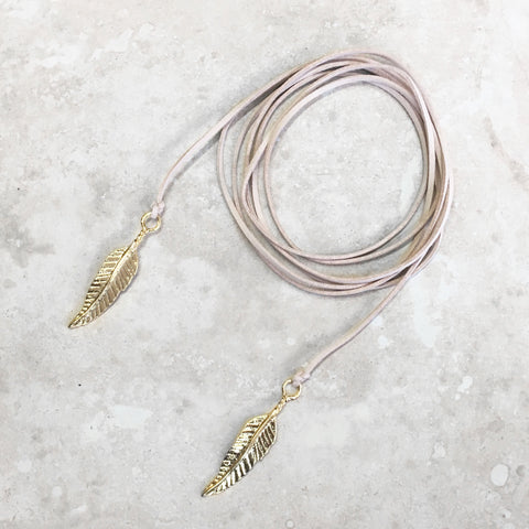Feather Bolo necklace in Sand