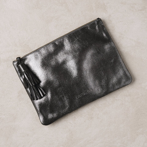 Masai Mara Clutch in Dark Grey