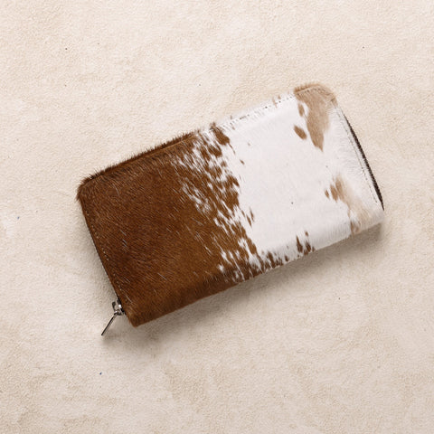 Zipper Wallet in Tan Cowhide
