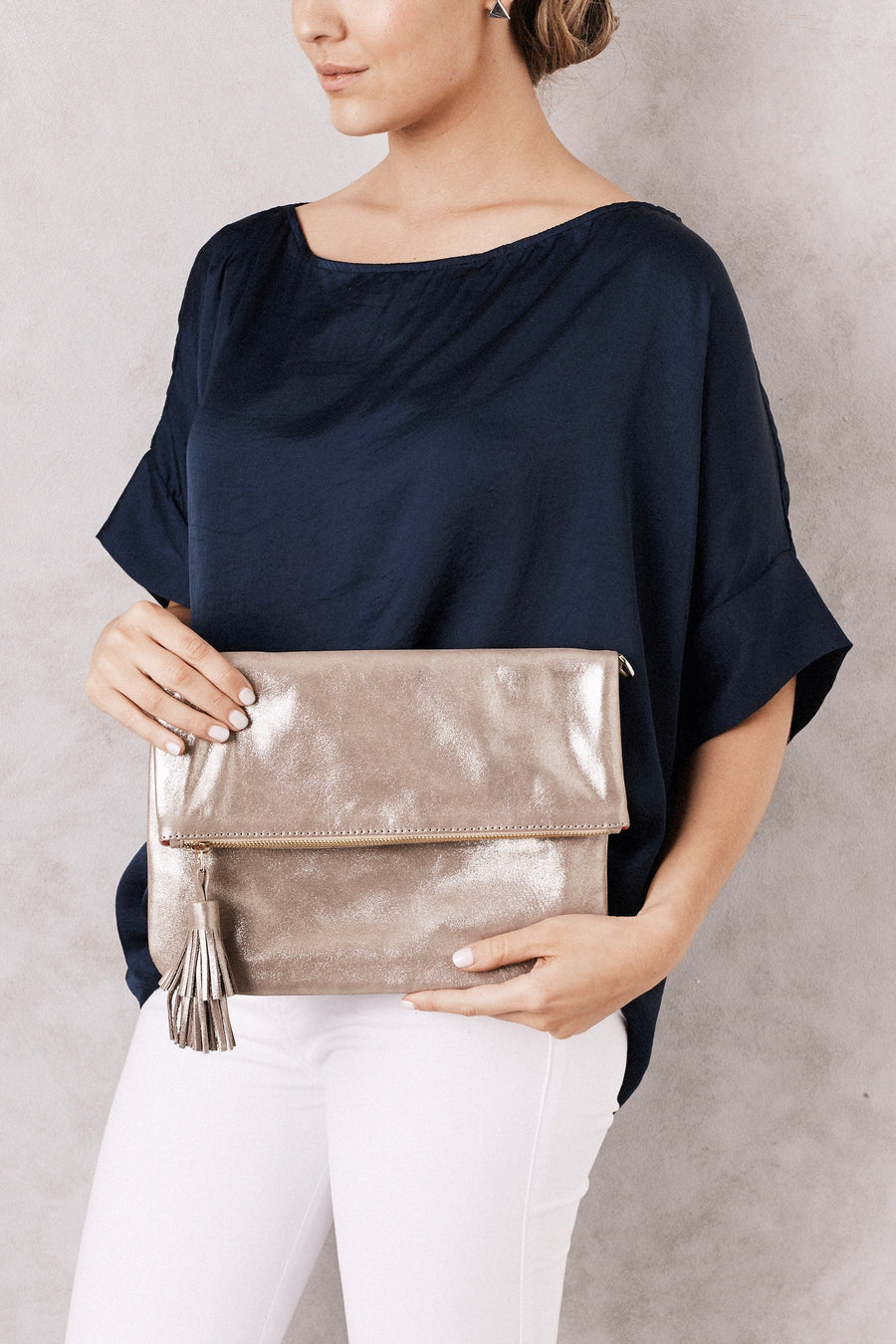 Oversized Clutch Dark Gold Metallic