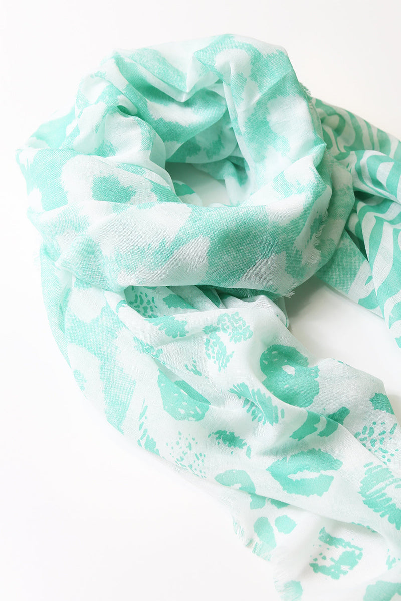 Elsie Relaxed Scarf in Emerald Print
