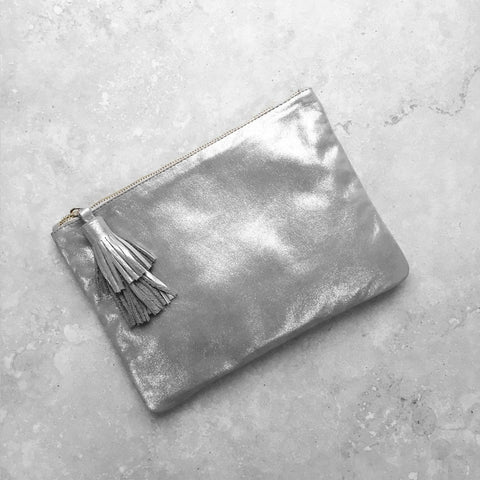 Masai Mara Clutch in Silver