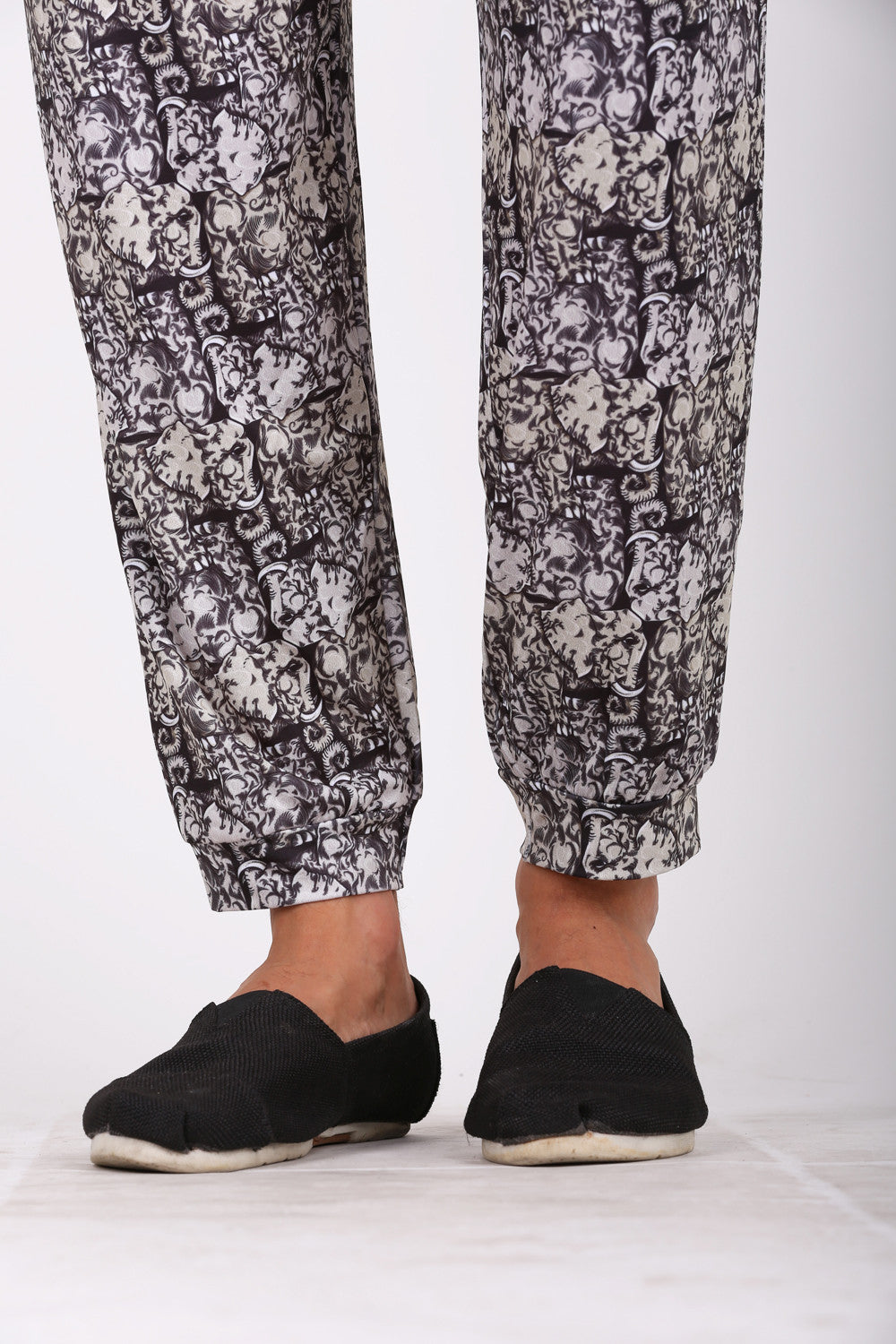 Trunk to Trunk harem pants