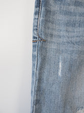 Afbeelding in Gallery-weergave laden, Lichtblauwe urban jeans (Regular Denim)