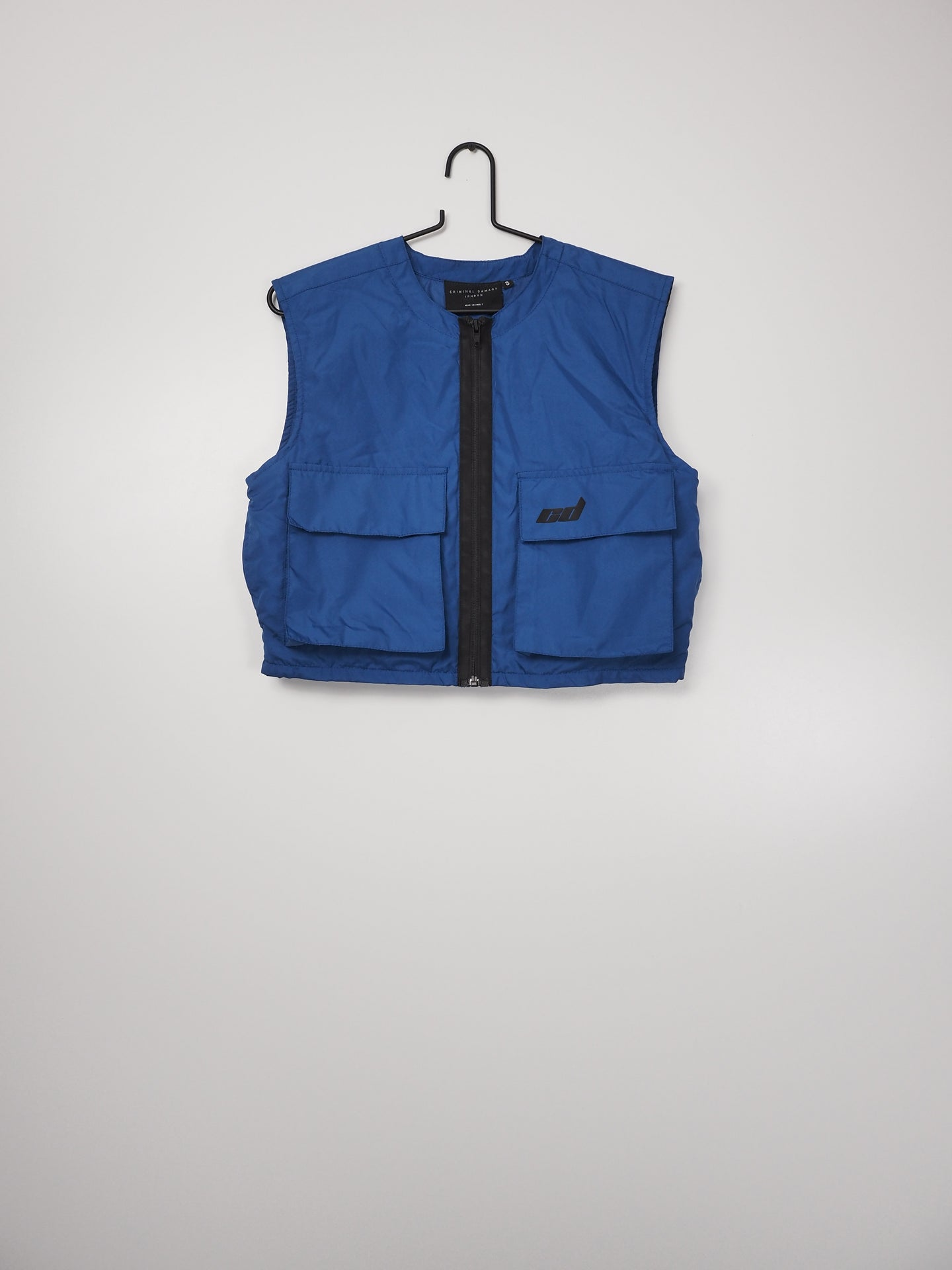 Blauw vest (Criminal Damage)