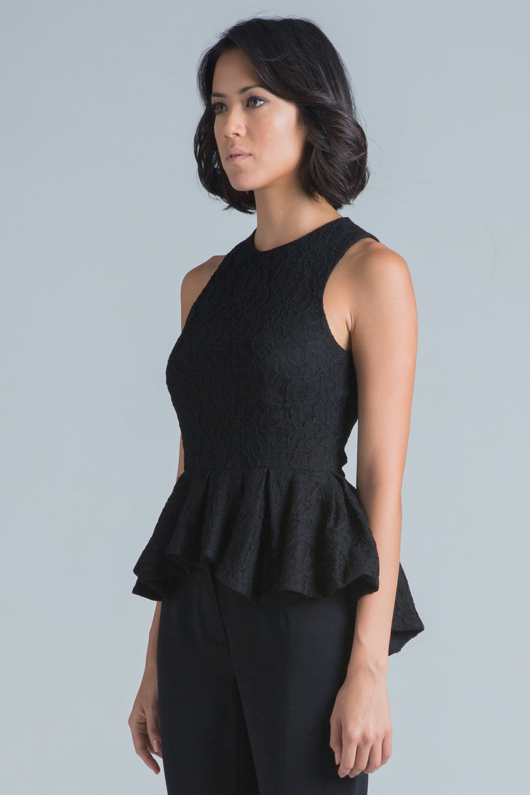 Joyce Sleeveless Lace Peplum Top (Black)