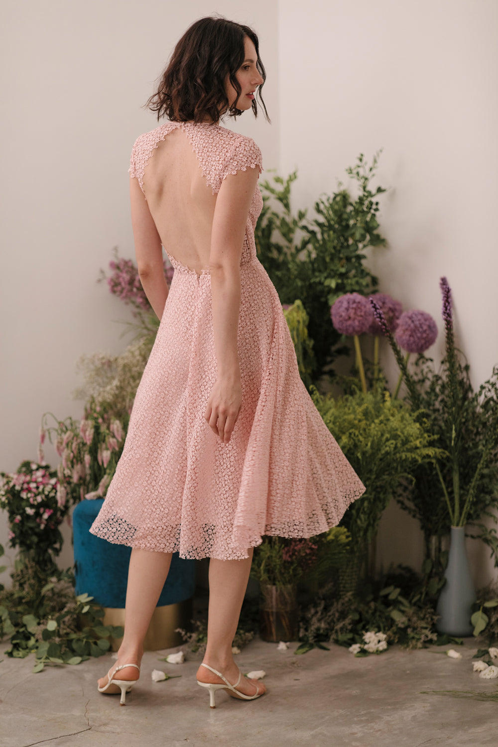 Emma Lace Backless Midi Dress (Pale Pink) - SAU LEE