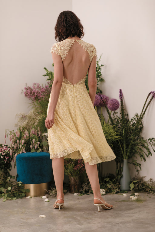 Emma Lace Backless Midi Dress (Pale Yellow) - SAU LEE