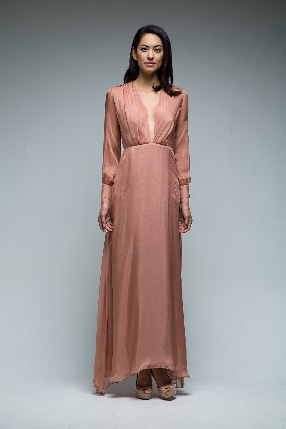 Vera Long Sleeve Plunging Neck Silk Gown - SAU LEE