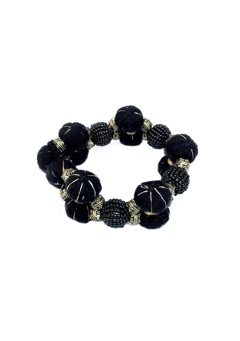 Nazy Thread Bracelet