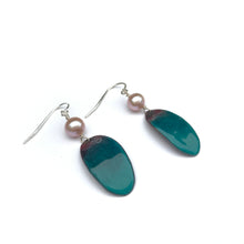 Load image into Gallery viewer, Deap Blue Sea Earrings