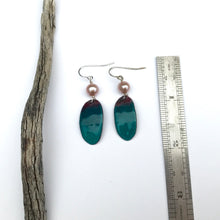 Load image into Gallery viewer, Blue green copper enamel earrings with pearls - deep blue sea earrings