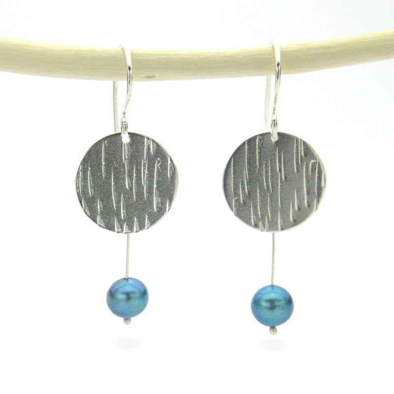 Modern pearl earrings, hammered sterling silver circles, elegant blue freshwater pearls, lightweight pearl dangle earrings