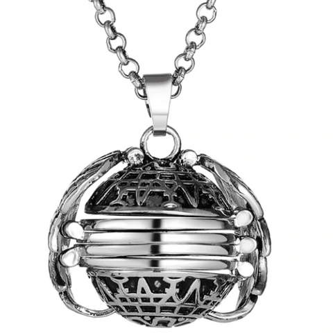Unisex Medallion Pendant Necklace