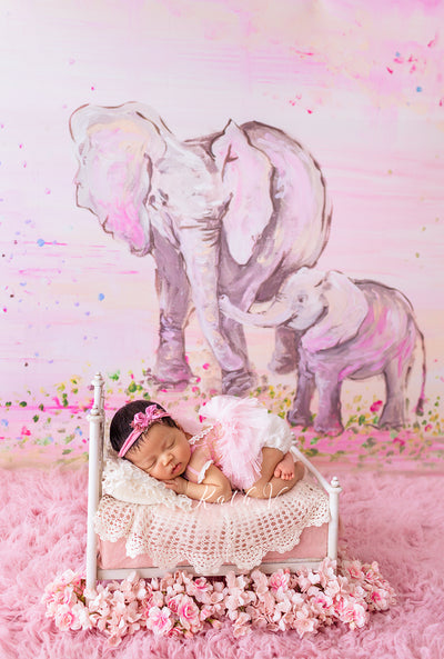 78x56 Fabric :: Pink Elephants :: Deal