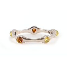 Load image into Gallery viewer, Silver baltic amber ring