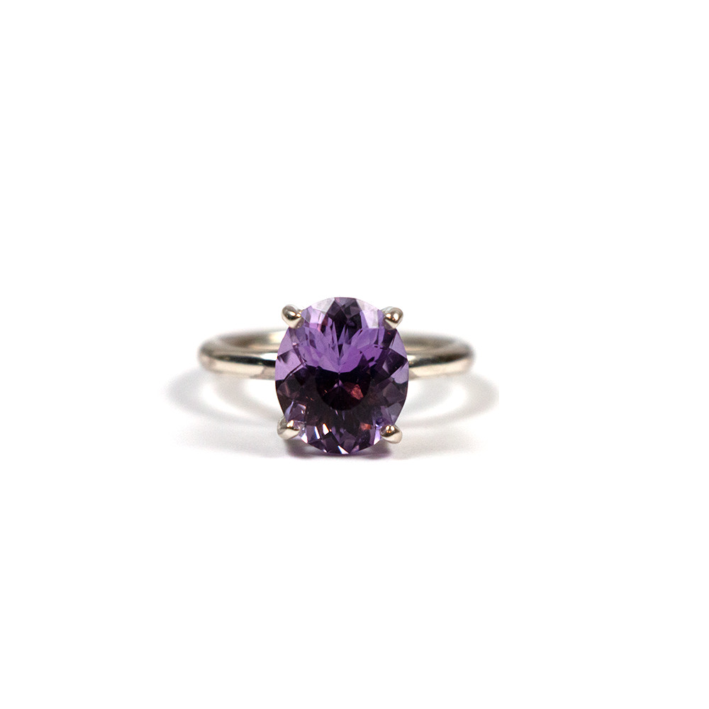 Handmade silver ring for women with natural oval cut amethyst
