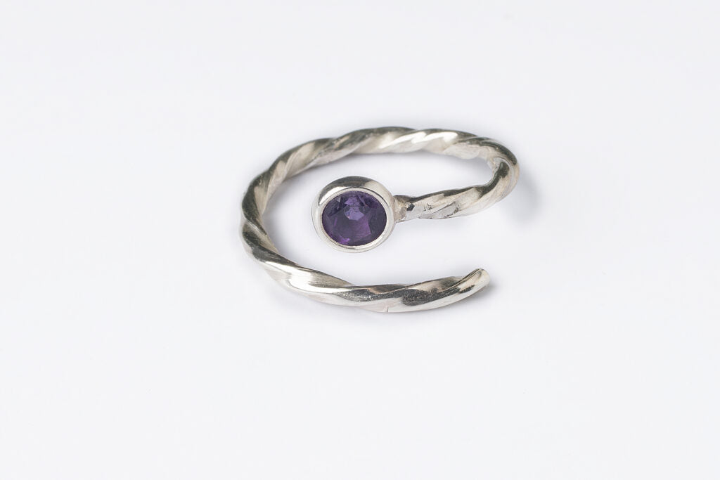Handmade silver ring for women with natural amethyst