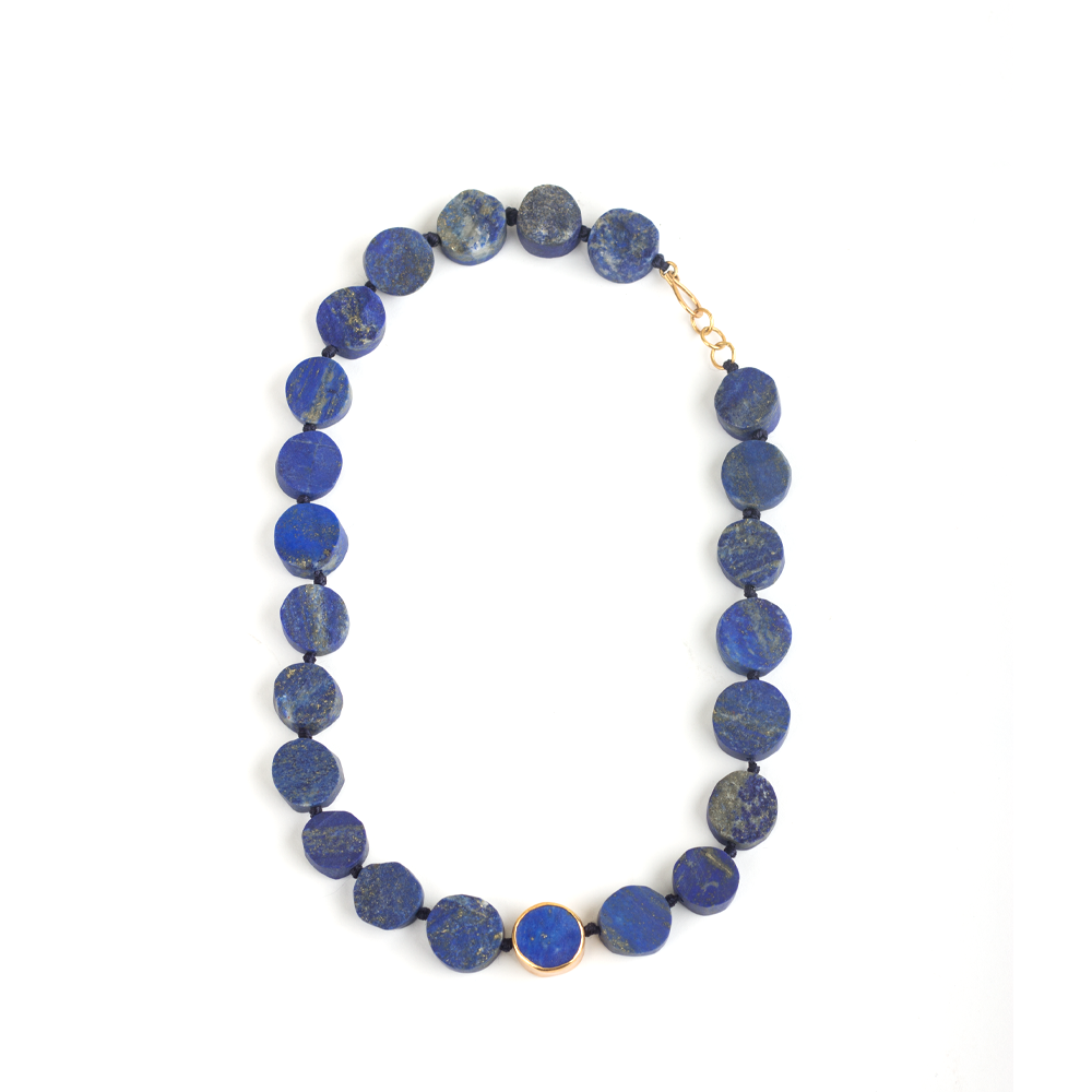 Silver necklace with disc shaped lapis lazuli beads