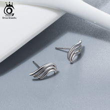 Load image into Gallery viewer, Angel Wings Feather Stud Earrings