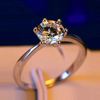 Classic 4 Prong Setting Wedding Engagement Ring
