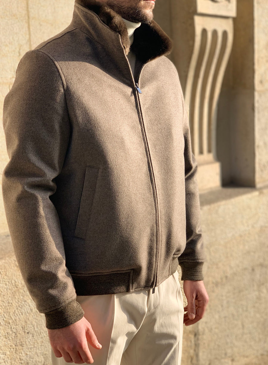 NATURAL BOMBER CASHMERE