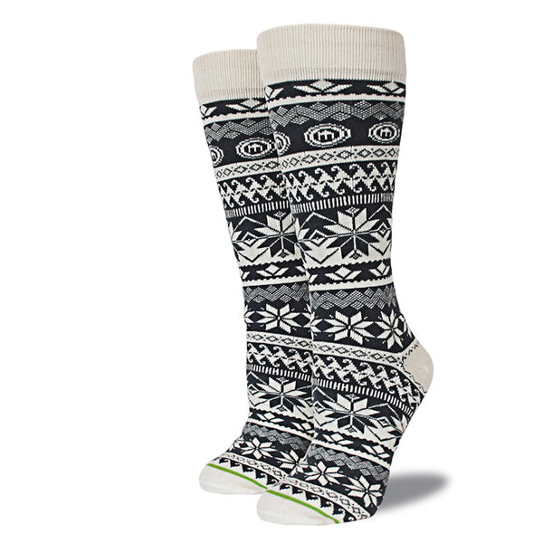 Gray & White Snowflake Patterned Winter Socks