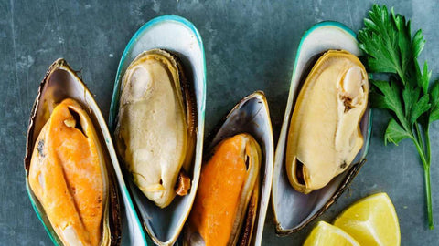 New Zealand Wild Greenshell Mussels (frozen, 1/2 shell, 2lb)