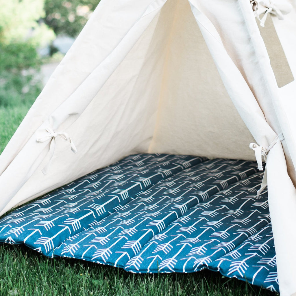 Quilted Teepee Mat with Arrows, Choose From 6 Colors