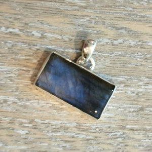 Load image into Gallery viewer, Labradorite Rectangular Gemstone Sterling Silver Pendant