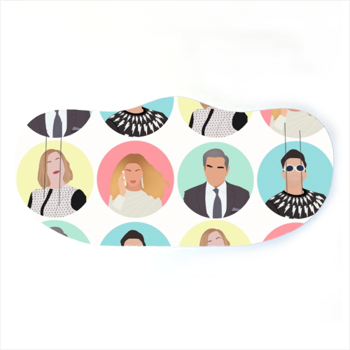 Schitt's Creek The Rose Family Face Mask Art Wow
