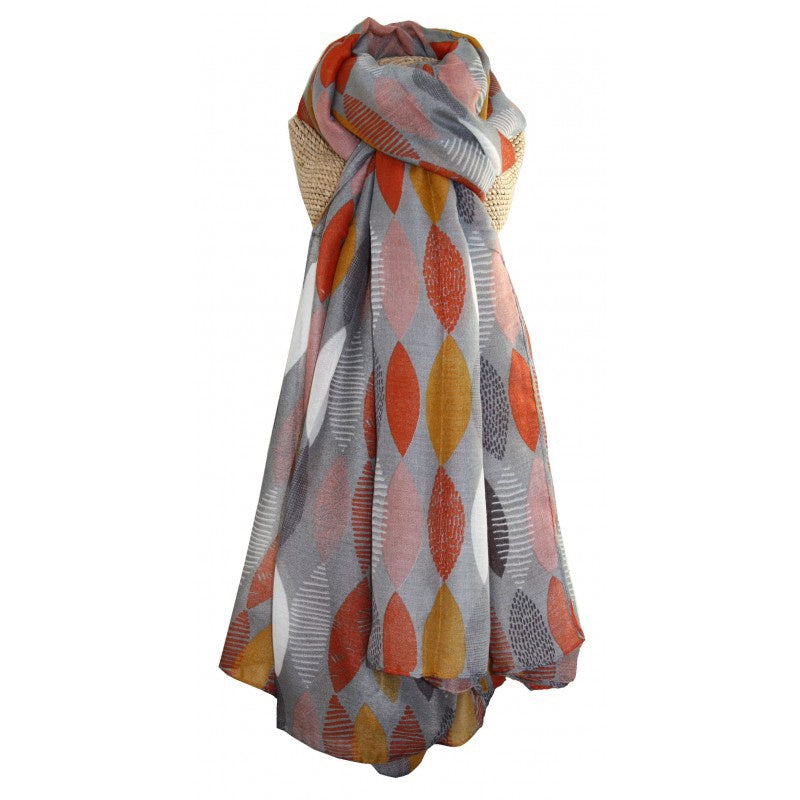 Lua Patterned Leaf Scarf in Grey