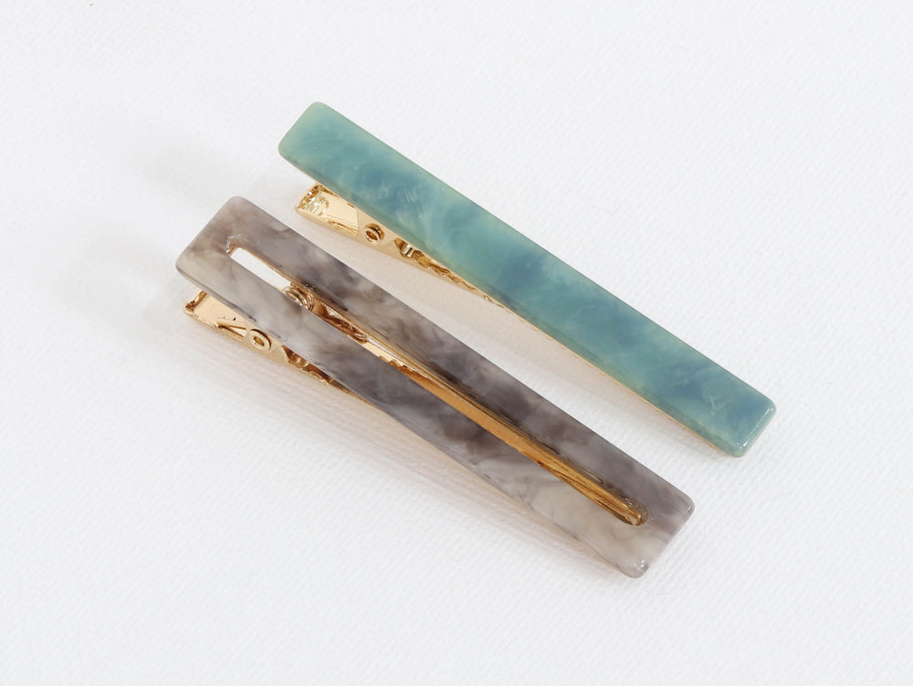 Load image into Gallery viewer, Big Metal London Petra Matte Resin Pack Of 2 Hairclips Blue