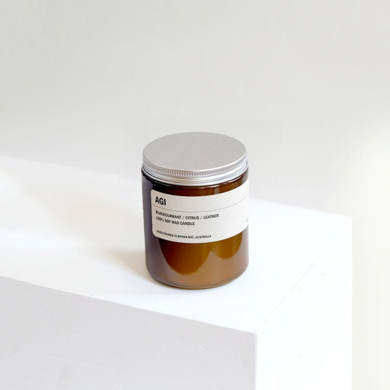 AGI: BLACKCURRANT / CITRUS / LEATHER SOY CANDLE 250G