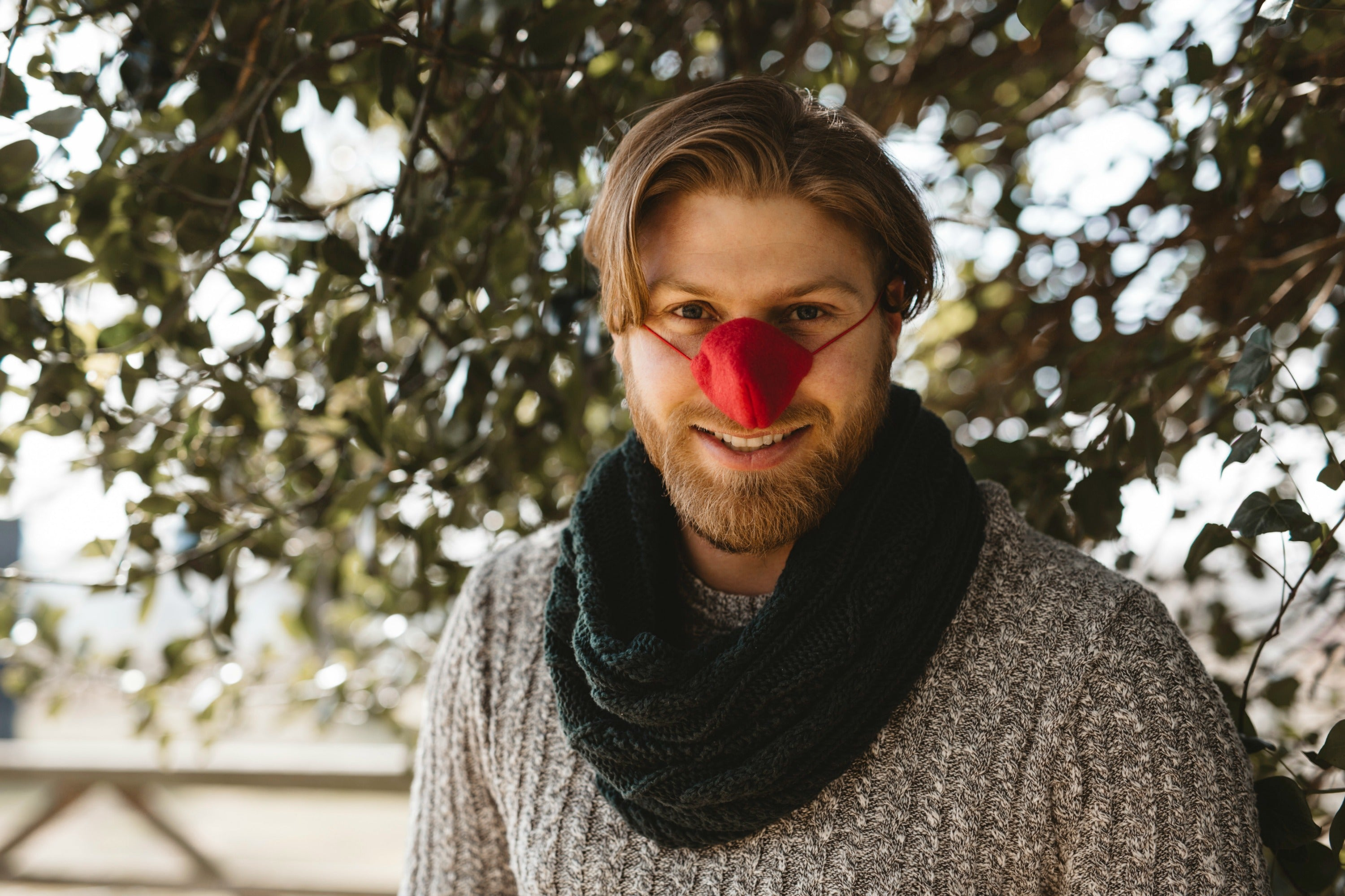 Red Fleece Nose Warmer