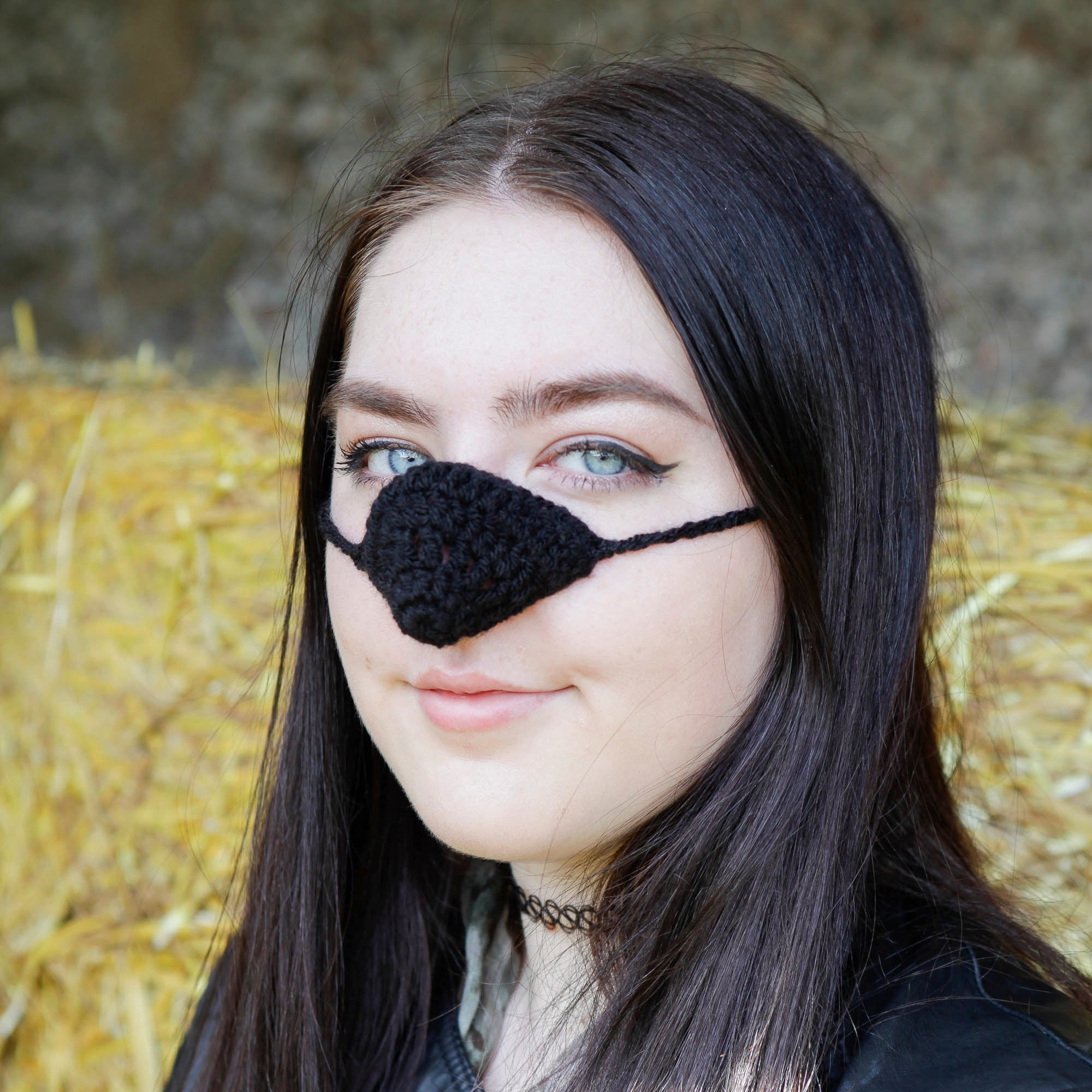 Black Wool Nose Warmer