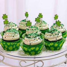 8 oz. GREEN sugar sparkles for ST PATRICK