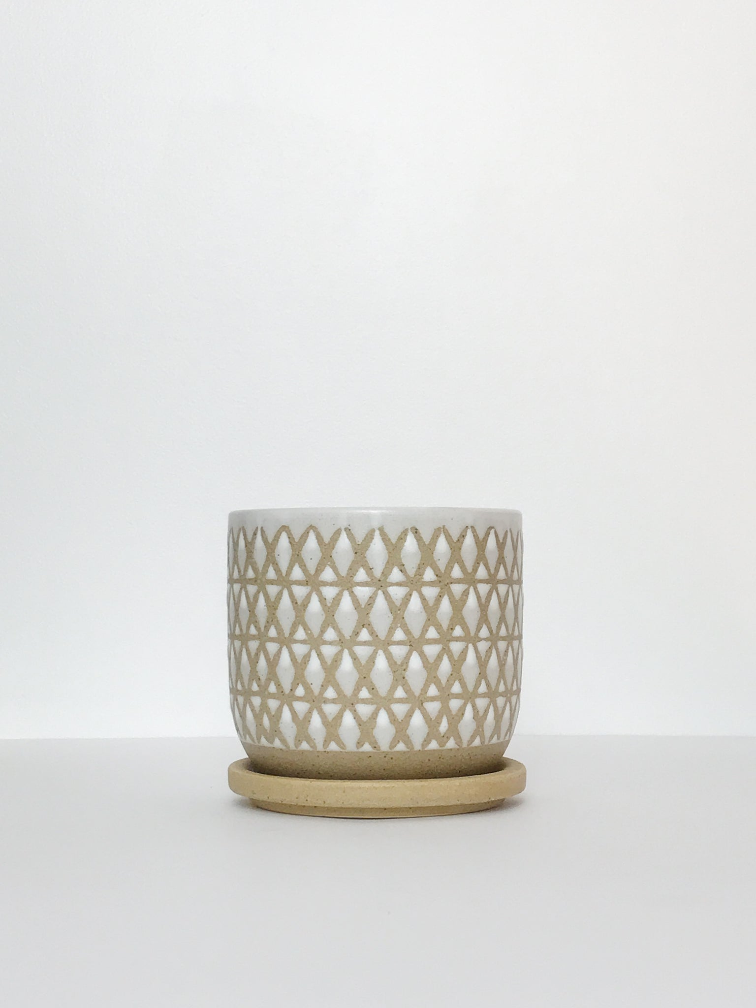 Textured Glazed Planter w/ Attached Drain Dish