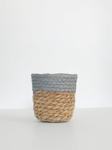 Grey Woven Planter w/ Liner