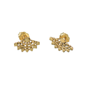 Pair of fan-shaped gold earrings with lace pattern.