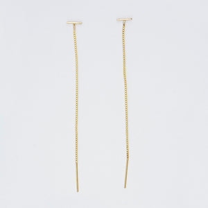 Pair of gold threader earrings, small bar with fine gold chain ending in bar.