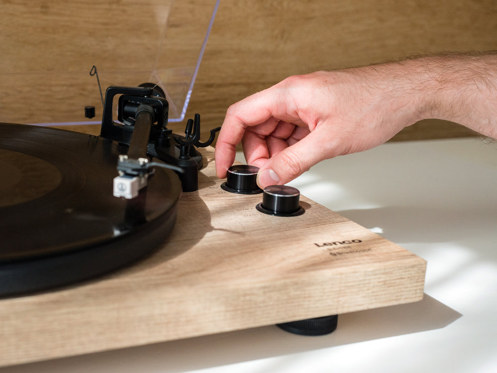 Lenco LBT-188PI - Turntable with Bluetooth transmission - Wood
