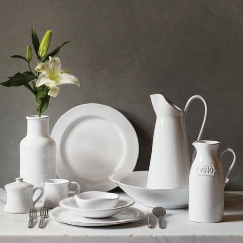 Bianco Dinnerware - Color Scheme Monday - Taking It To The Streets - Pezzo Bello Interiors