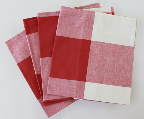 Red Checks Napkins  Set of 4