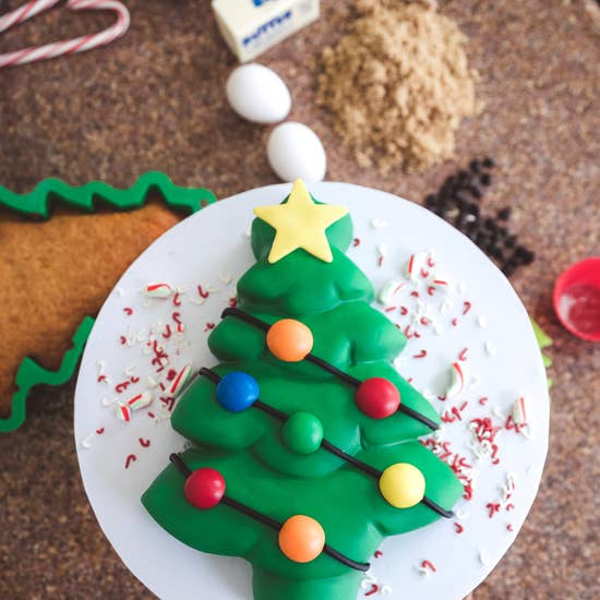 Handstand Kitchen - Holiday Tree Cake Baking Set