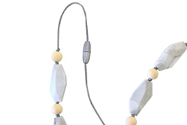 Itzy Ritzy - Wheat Stone Teething Necklace